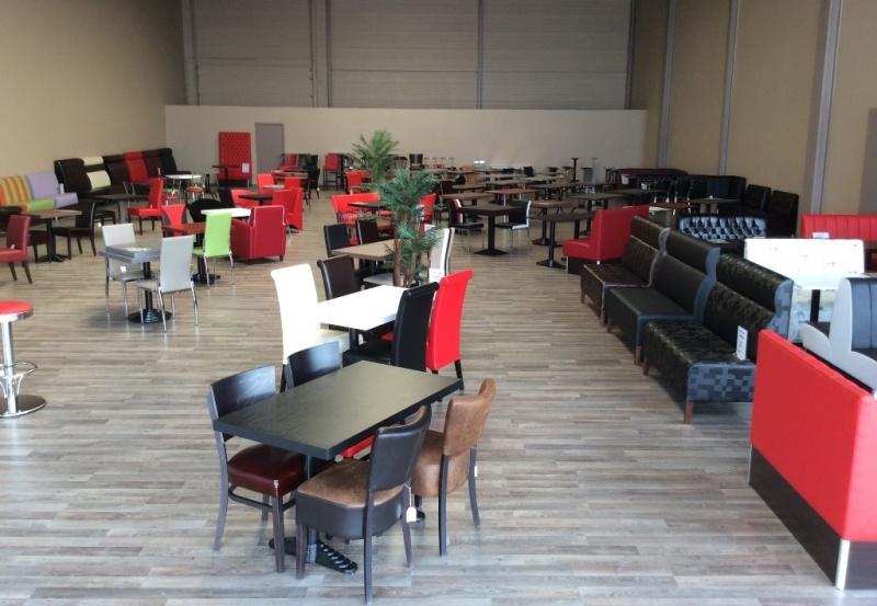 Goedkope horeca meubels banken tafels stoelen barkrukken for Tweedehands tafels en stoelen