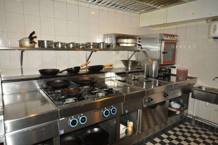 Te koop restaurant met goed bekend staande keuken in de for Ouderwetse keuken te koop