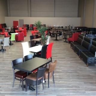 Goedkope horeca meubels banken tafels stoelen barkrukken for Horeca tafels