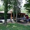 Camping te koop bij vijver nabij departement Dordogne.