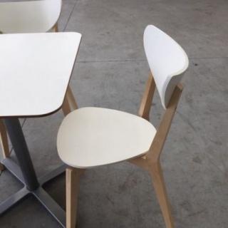 10 houten stoelen ter overname - Houten stoelen om te eten ...