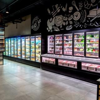 Supermarkt koel en vriesmeubelen van  Safecold Beveiligingstechniek B.V.