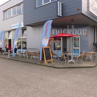 Snackbar, winkelboulevard De Baanderij Leiderdorp